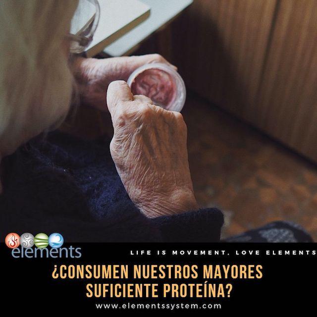CONSUMO DE PROTEÍNAS EN PERSONAS MAYORES